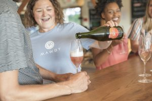 wine pouring, wine tasting, rose, Michigan Sparkling wine, Mawby